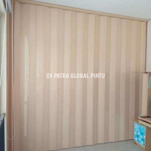 12fb3698 e7df 4dc2 93e4 8402bee10bae Copy 2 600x600 - Patra PVC ( Pintu Lipat PVC )