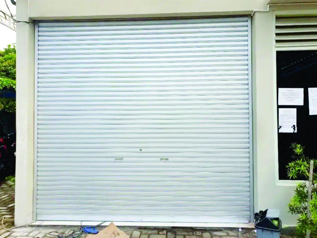 Pintu rolling door 1024x769 - Produk